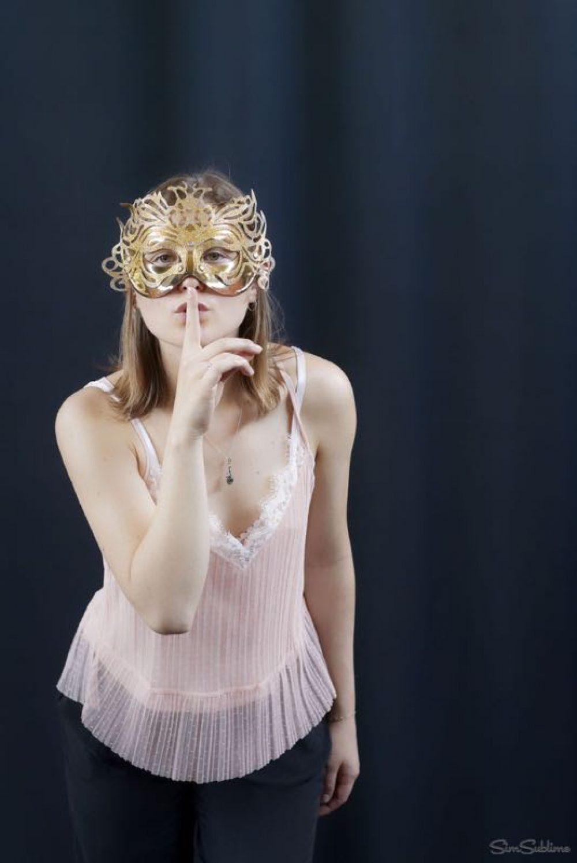 Charlotte MEGIMBIR book comédienne - théatre