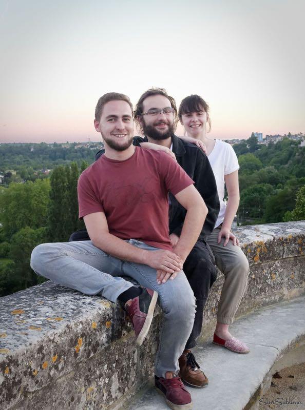 Trio d'amis au parc de Blossac